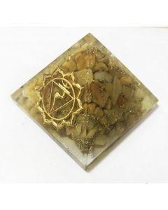Orgonite Piramide-Solar plexus chakra, gele jaspis