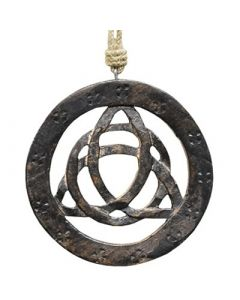 Wall hanging 15 cm Triquetra